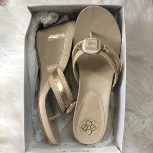 ⬇️ BCBGENERATION Platform Sandals, BNWB Size 8.5.